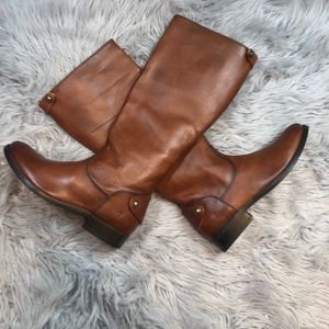 FRYE MELISSA BUTTON BACK S.6.5